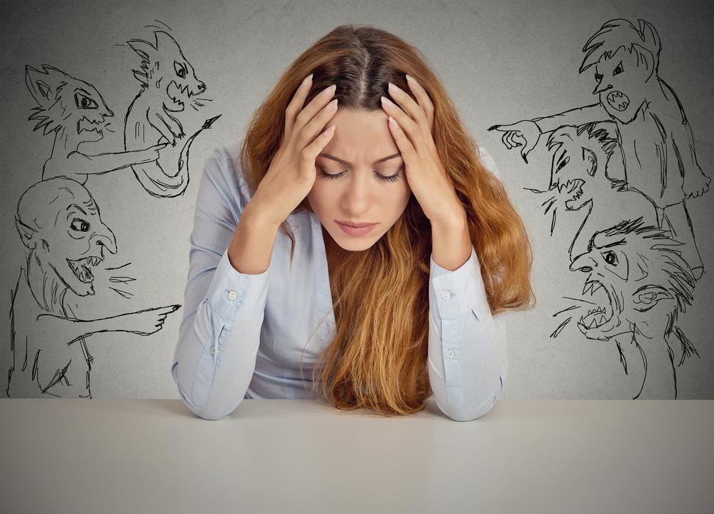 Dominando a sua voz interior: Quais pensamentos te limitam?
